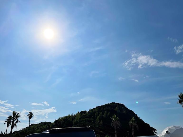 暑い日の太陽