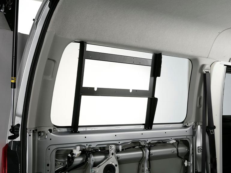 車載専用エアコン「クールスター」の取り付けブラケット