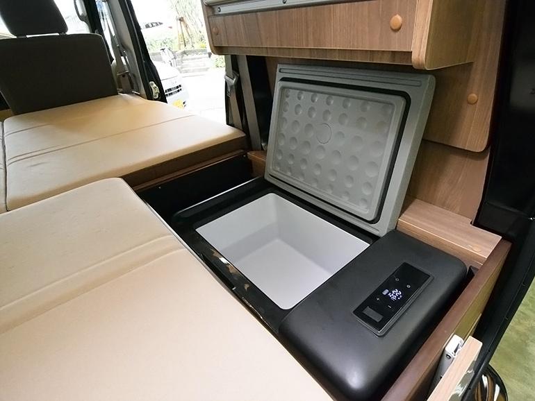 冷凍冷蔵庫15L
