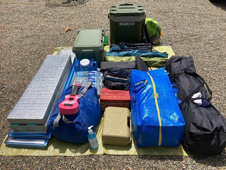 キャンプ荷物